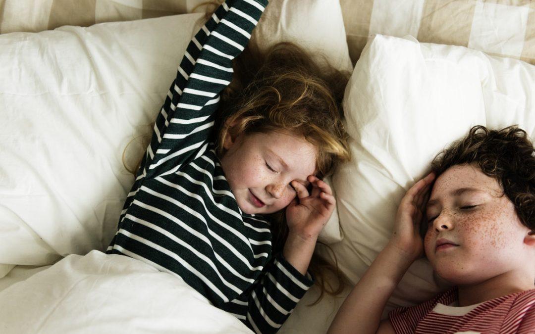 Monsters & melatonin – Do toddlers need a night light?