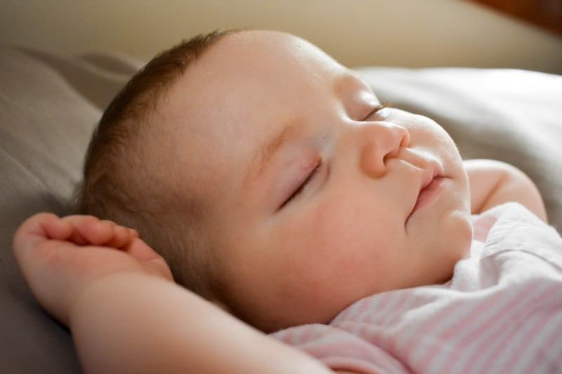 Help your baby sleep better with white noise